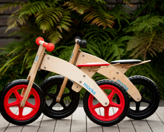 Rookie Balance Bike BLACK RED